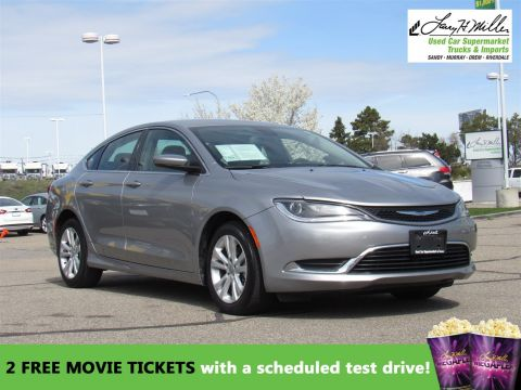 Pre-Owned 2015 Chrysler 200 Limited FWD 4dr Car