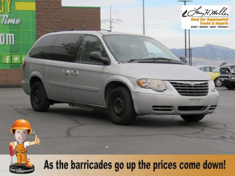 2006 Chrysler Town & Country LWB LX