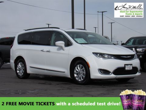 2017 Chrysler Pacifica TOURL