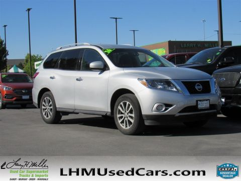 Pre-Owned 2016 Nissan Pathfinder
