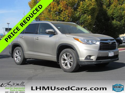 2015 Toyota Highlander XLE With Navigation & AWD
