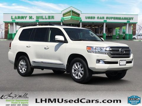 Pre-Owned 2017 Toyota Land Cruiser VXR