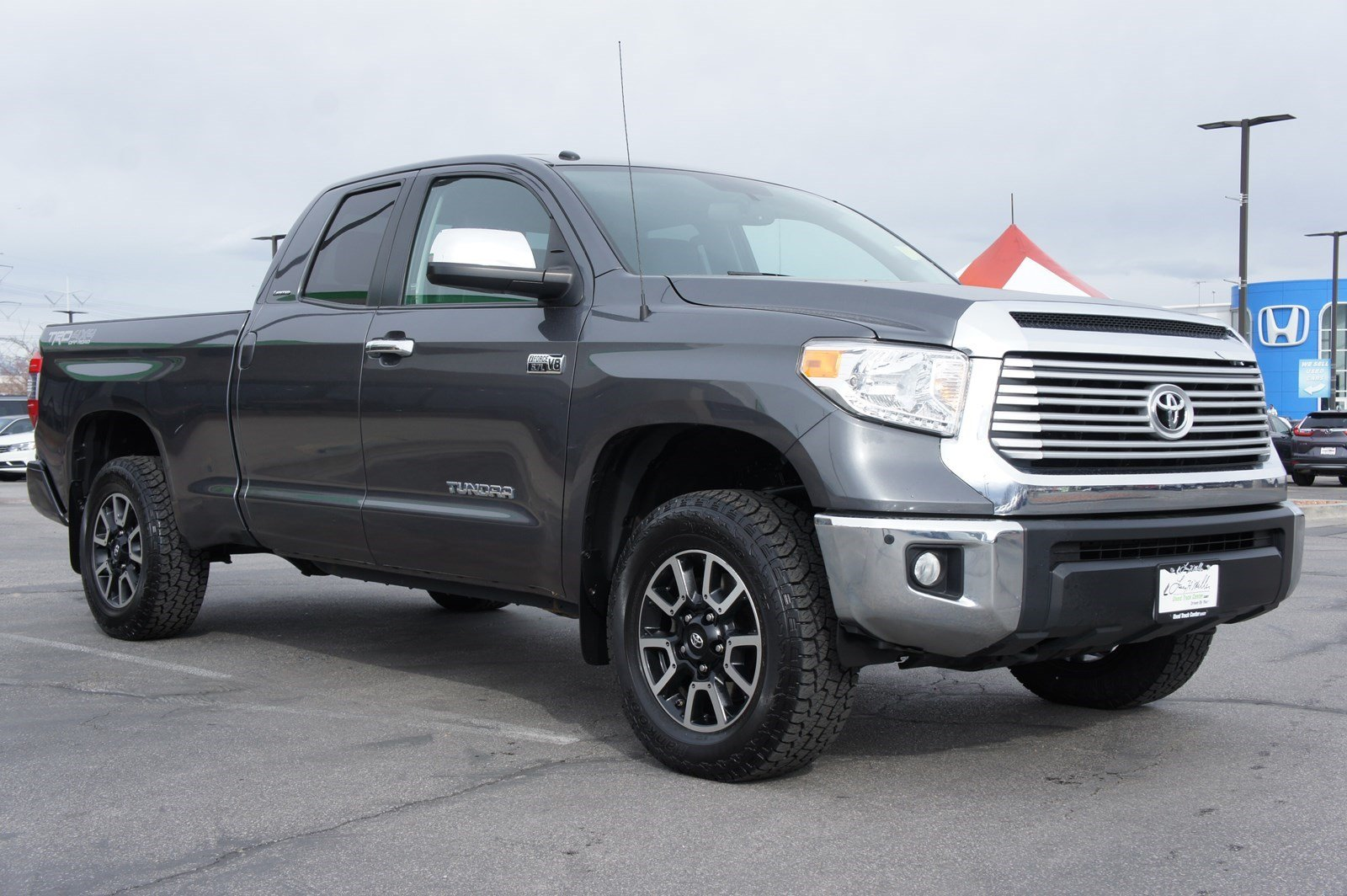 Pre-Owned 2016 Toyota Tundra 4WD LTD