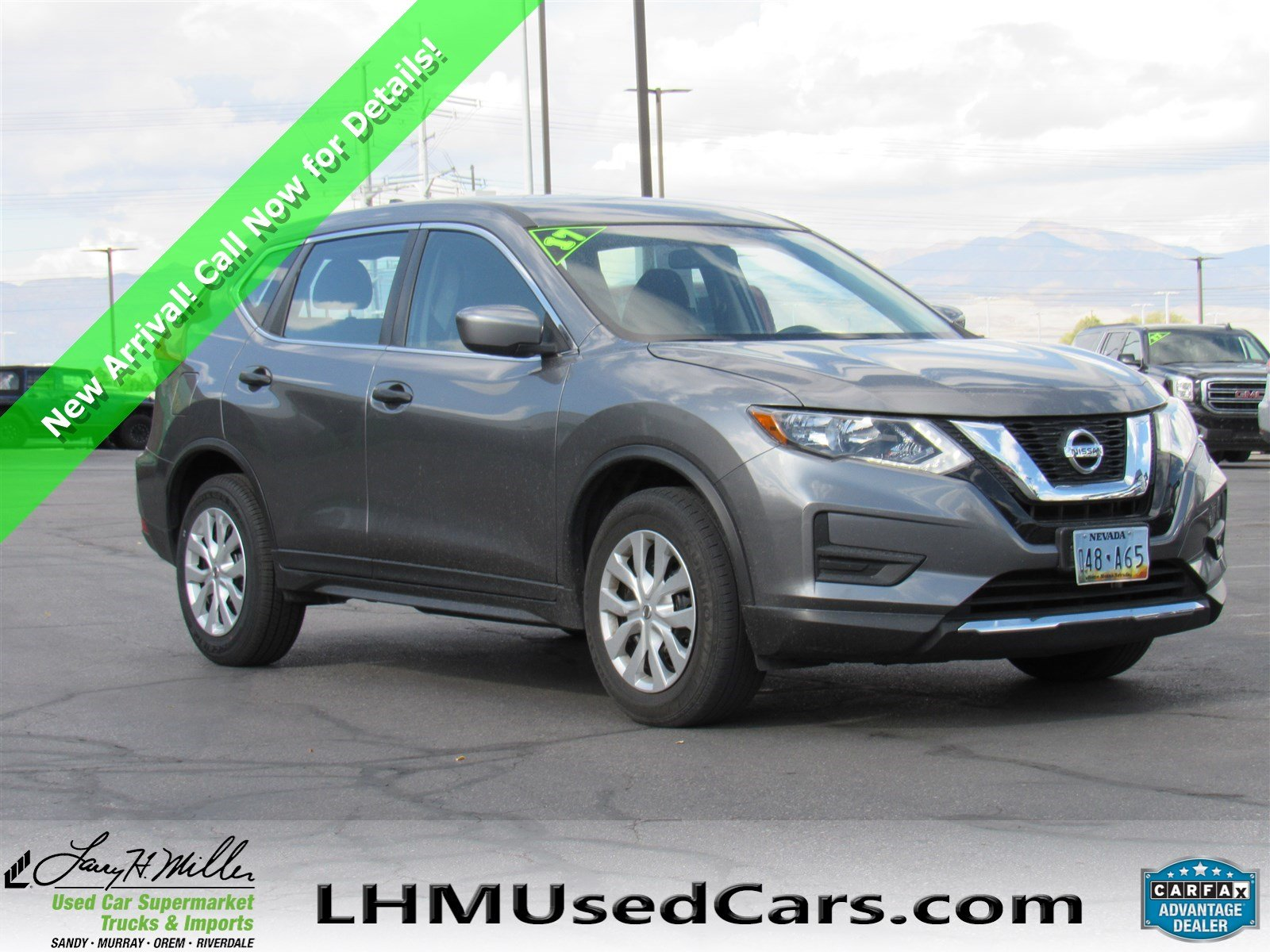 Nissan Rogue Owners Manual: Making a call
