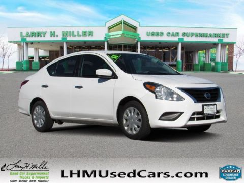 Pre-Owned 2018 Nissan Versa SV