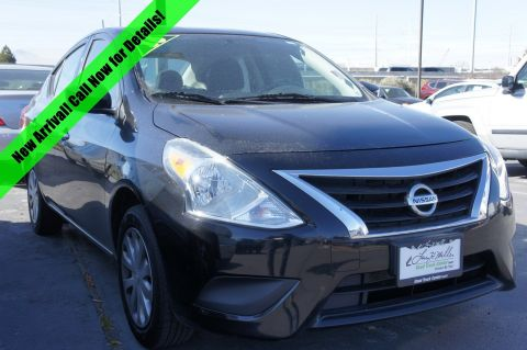 Pre-Owned 2016 Nissan Versa