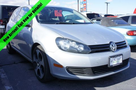 Pre-Owned 2013 Volkswagen Golf 2.5